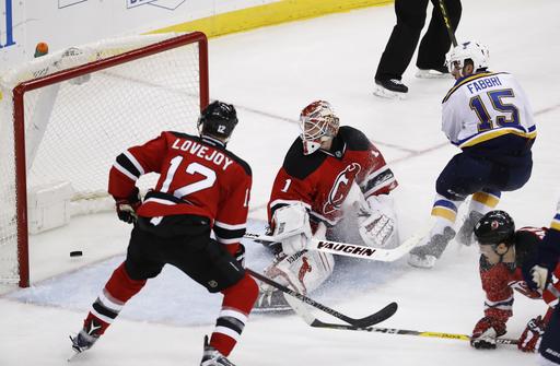 Fabbri, Tarasenko lead Blues over Devils 4-1 (Dec 09, 2016)