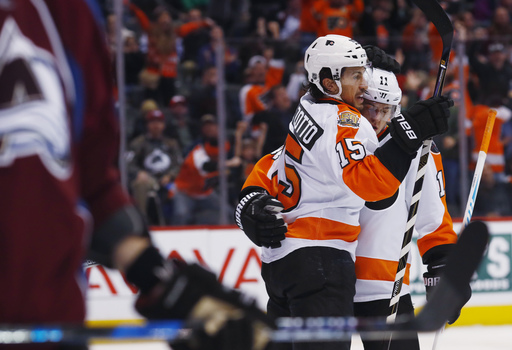 Flyers hold off Avalanche 4-3 for 10th straight win (Dec 14, 2016)