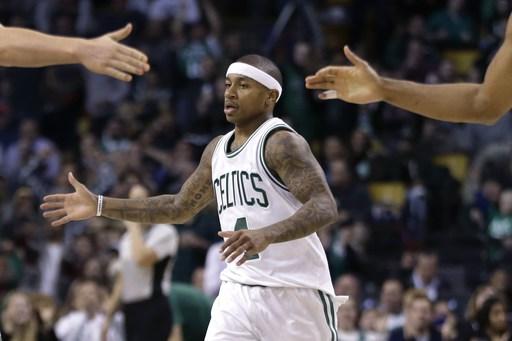Thomas scores 26 points to lead Celtics over Hornets, 96-88 (Dec 16, 2016)