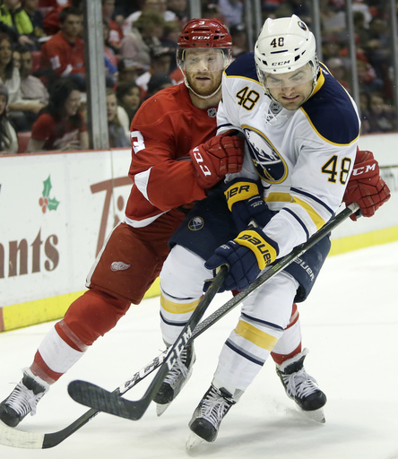 Sabres beat Red Wings 4-3 for Bylsma's 300th victory (Dec 27, 2016)
