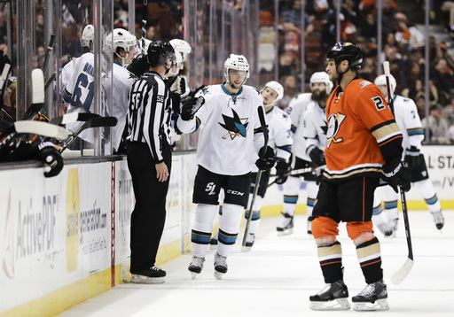 Burns scores winner as Sharks down Ducks in OT (Dec 27, 2016)