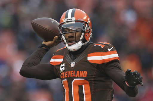 Browns' Thomas feels quarterback RG3 could be 'the guy'