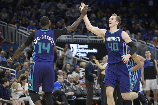 Third-quarter dominance leads Hornets past Heat, 91-82 (Dec 29, 2016)