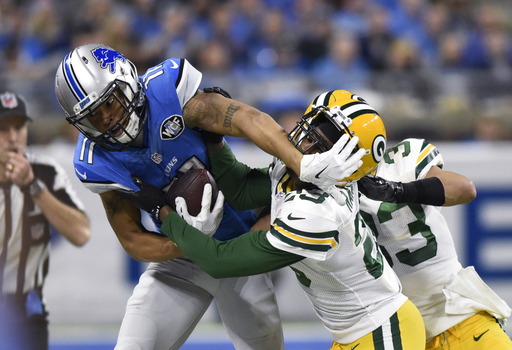 Hyde, Burnett step up to help battered Packers cornerbacks