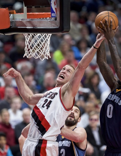 AP source: Nuggets trade Nurkic to Trail Blazers for Plumlee