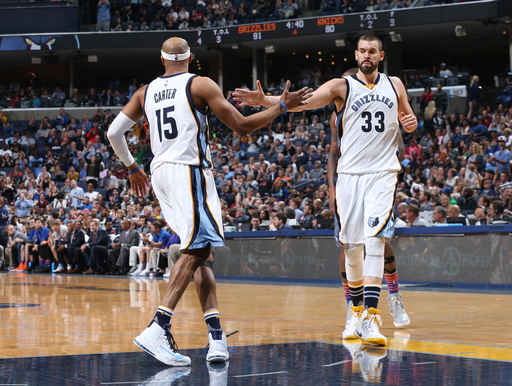 Conley scores 31, Grizzlies beat Knicks to clinch seventh (Apr 07, 2017)