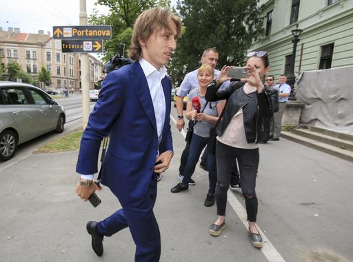 Luka Modric testifies at soccer corruption trial in Croatia