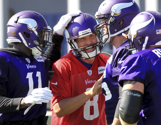 New Vikings left tackle Riley Reiff has undisclosed injury