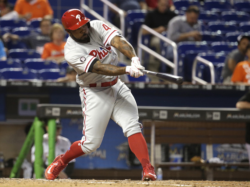 Nationals acquire Howie Kendrick from Phillies