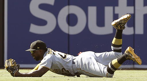 Pirates hold onto McCutchen, send reliever Watson to Dodgers