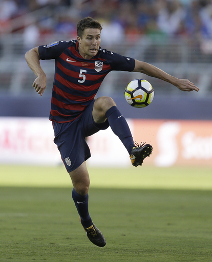 Sporting's Besler: Out of concussion recovery comes a book