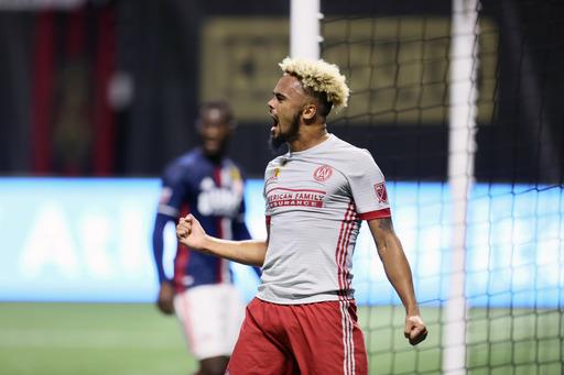 Martinez's 1st-half hat trick leads Atlanta by Revs 7-0 (Sep 13, 2017)