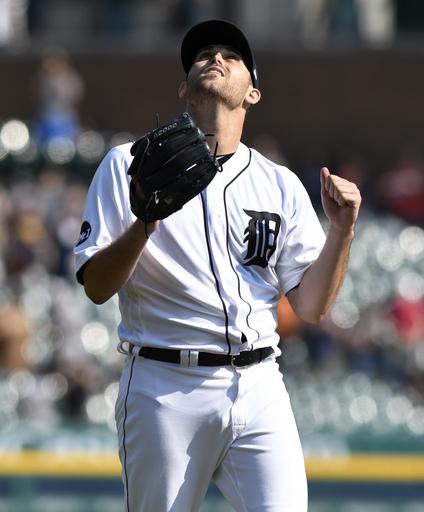 Detroit's Boyd falls an out short of no-hitter (Sep 17, 2017)