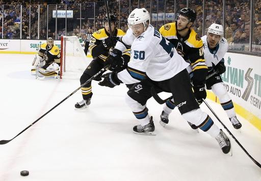 Heinen scores 2 to help Bruins beat Sharks 2-1 (Oct 26, 2017)