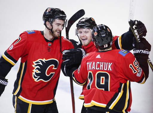 Matthew Tkachuk has shootout winner, Flames beat Devils 5-4 (Nov 05, 2017)