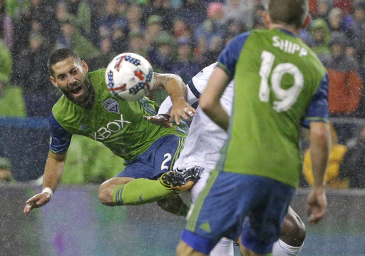 Sounders' Clint Dempsey wins MLS Comeback Player