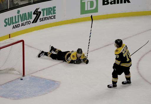 Ryan Strome breaks tie, Oilers beat Bruins 4-2 (Nov 26, 2017)