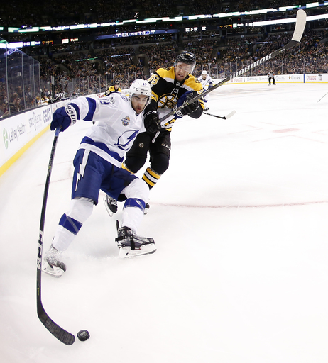 Lightning forward Cedric Paquette suspended for game