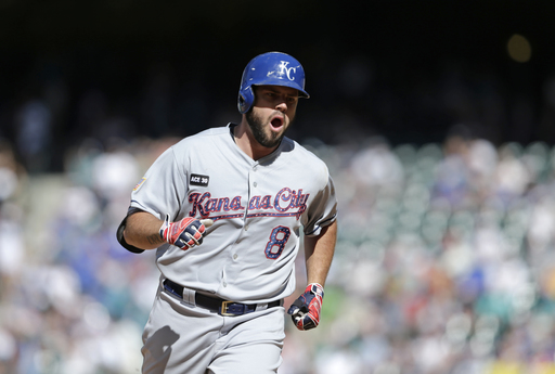 Rockies' Holland, Royals' Moustakas win comeback awards