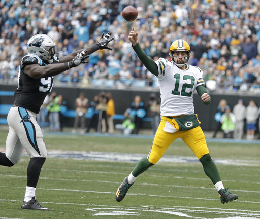 McCarthy doesn't rule out Rodgers playing against Vikings
