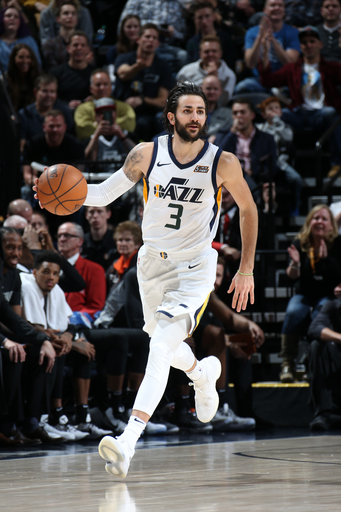 Hood scores 29 points as Jazz beat Spurs 100-89 (Dec 21, 2017)