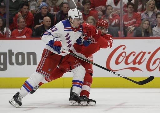 Howard, Nielsen lift Red Wings over Rangers 3-2 (Dec 29, 2017)