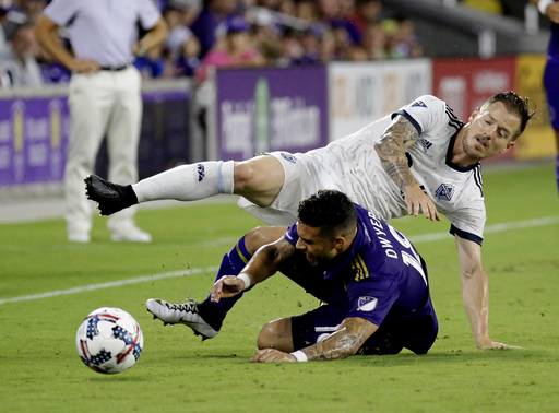 Expansion LAFC signs veteran MLS defender Jordan Harvey