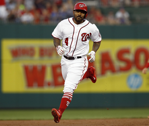 Howie Kendrick and Nationals agree to $7M, 2-year contract