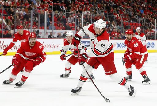 Lindholm scores 2 goals, Hurricanes beat Red Wings 3-1 (Jan 20, 2018)