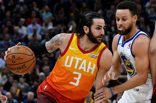 Rubio's double-double leads Jazz to 129-99 win over Warriors (Jan 30, 2018)