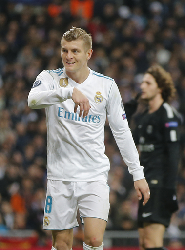 Madrid midfielderToni Kroos sprains knee ligament