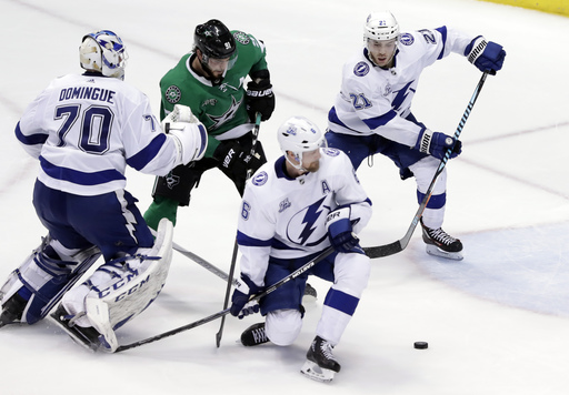 Conacher scores in overtime, Lightning beat Stars 5-4