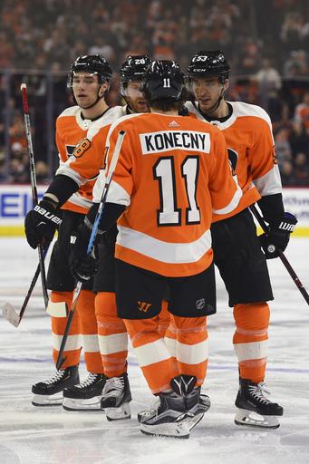Simmonds scores 2 goals, helps lift Flyers past Capitals 6-3