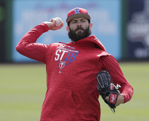 Arrieta makes 1st appearance since joining Phillies