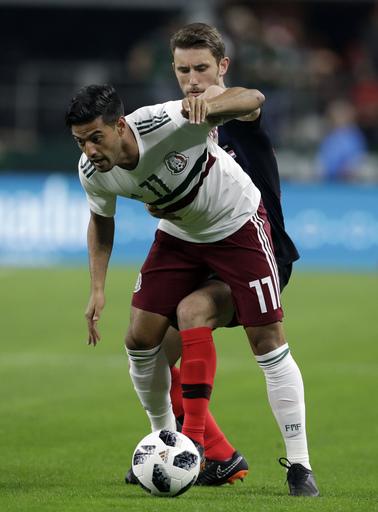 Rakitic's penalty kick in 2nd half lifts Croatia past Mexico