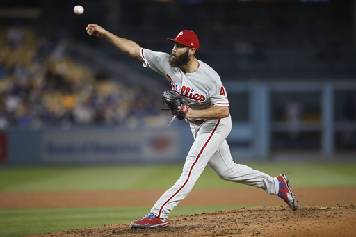 Arrieta sharp, Phillies beat Dodgers 6-1; Maeda strains hip