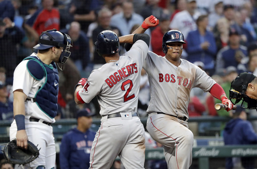 Bogaerts' HR sends Boston past Mariners, 2-1
