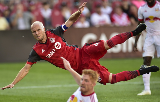 Lawrence scores, Red Bulls beat Toronto FC 1-0