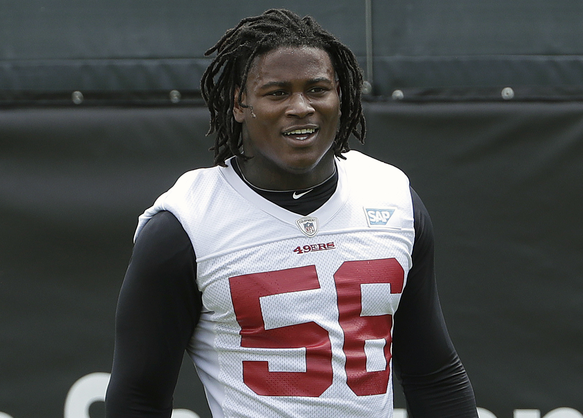 49ers LB Reuben Foster arrested on domestic violence charge