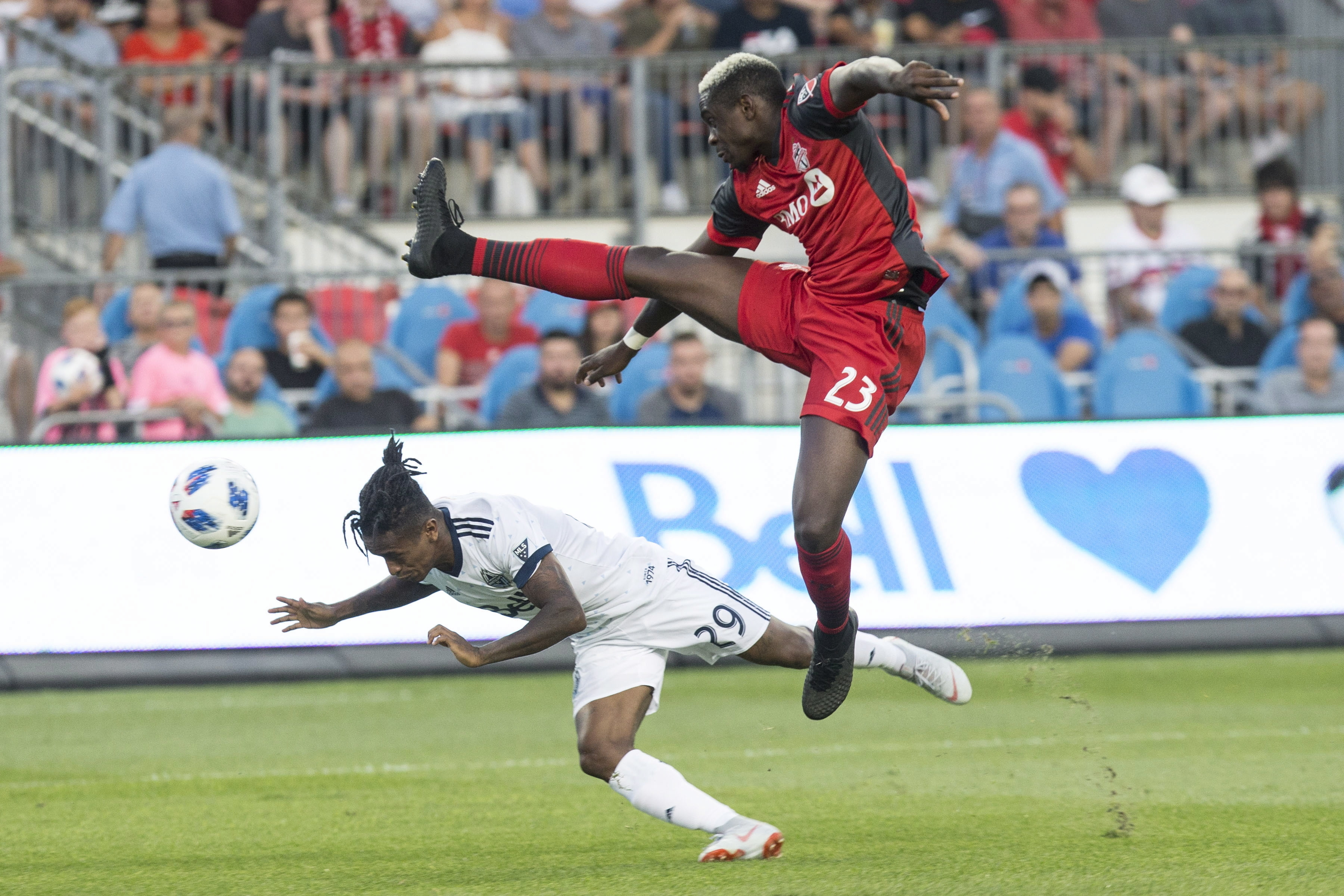 Jozy Altidore has hat trick, Toronto FC wins Canadian title