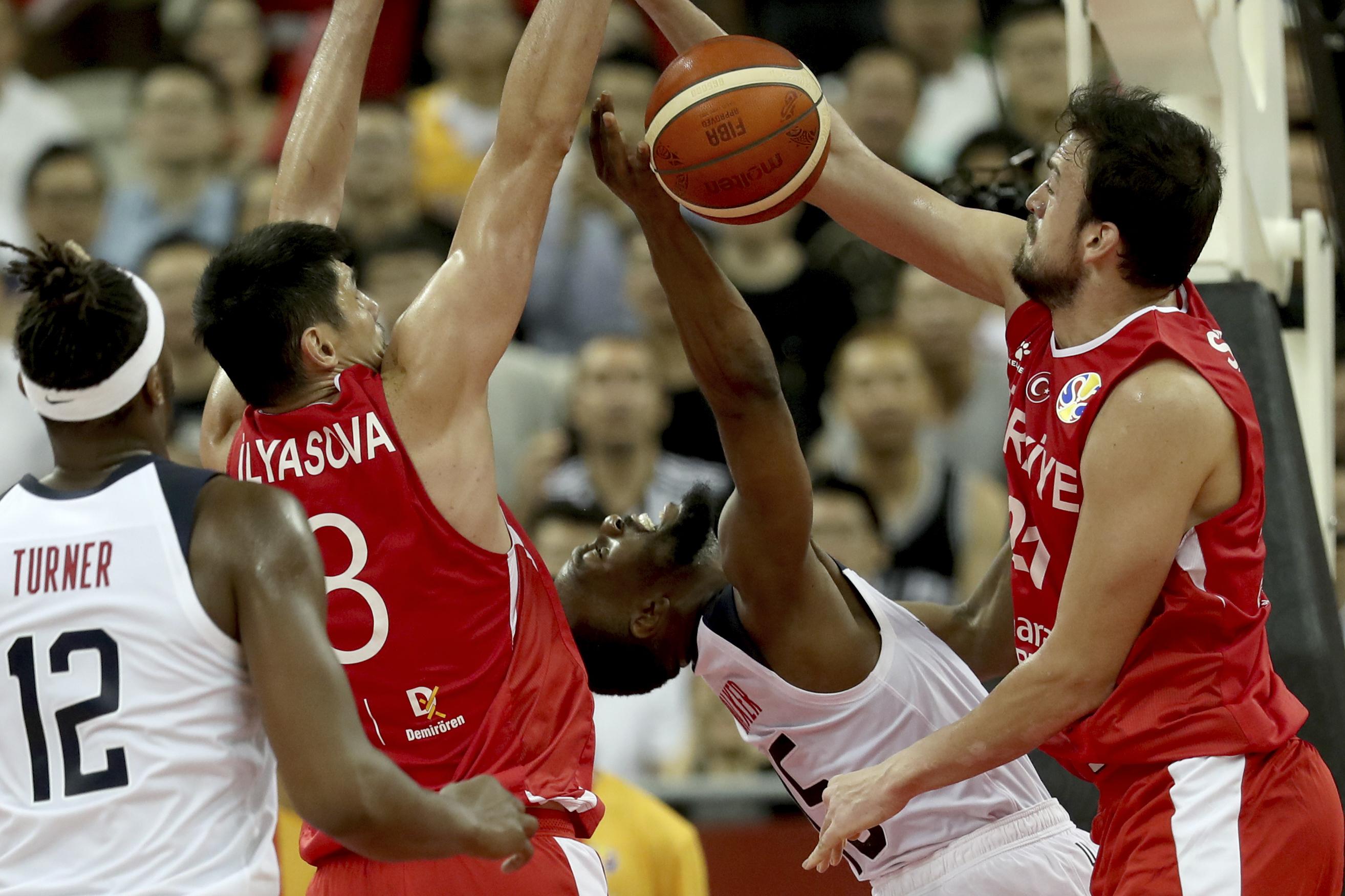 Great Escape: US gets past Turkey 93-92 in OT; Tatum injured