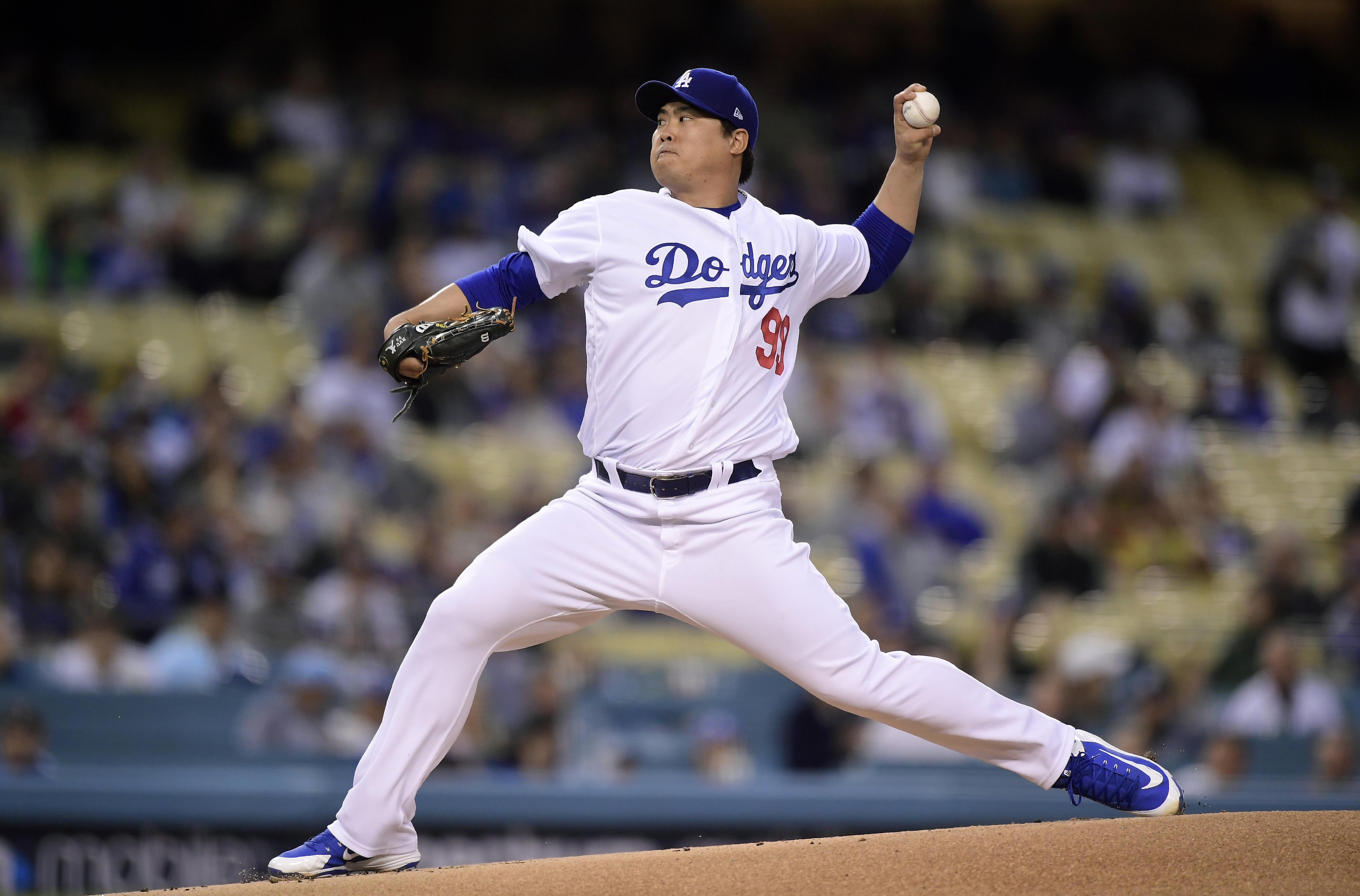 Ryu and Turner star in Dodgers' 9-0 win over Braves