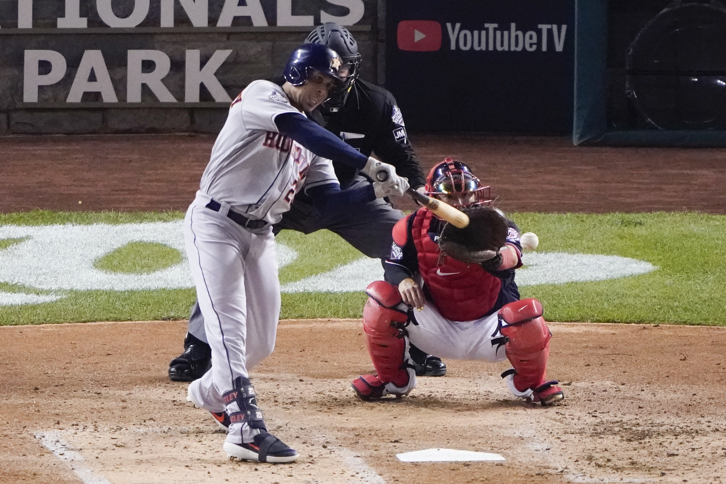 Brantley's big hits help Astros win Game 3 of World Series