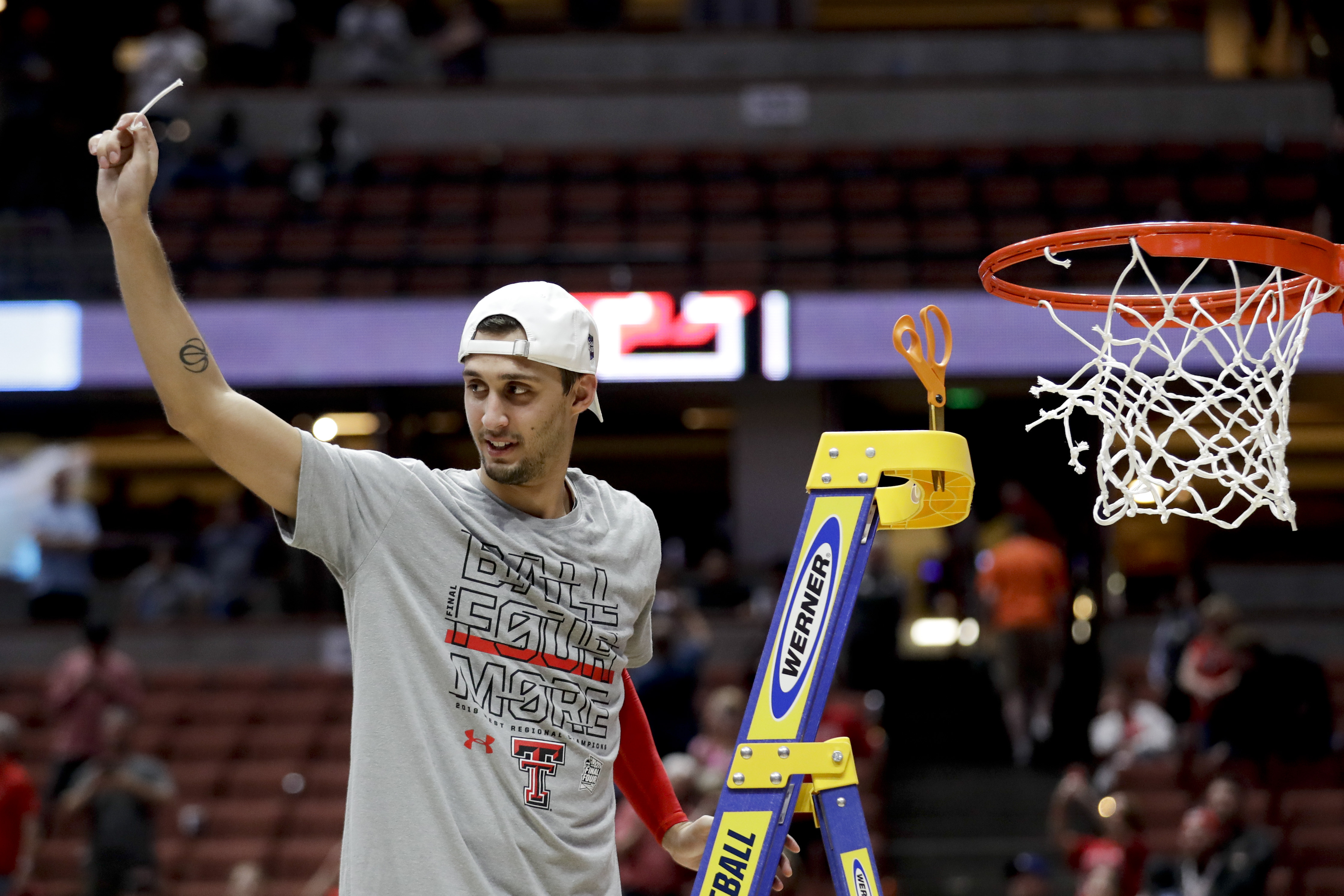 Buona notte for Moretti and Final Four-bound Texas Tech
