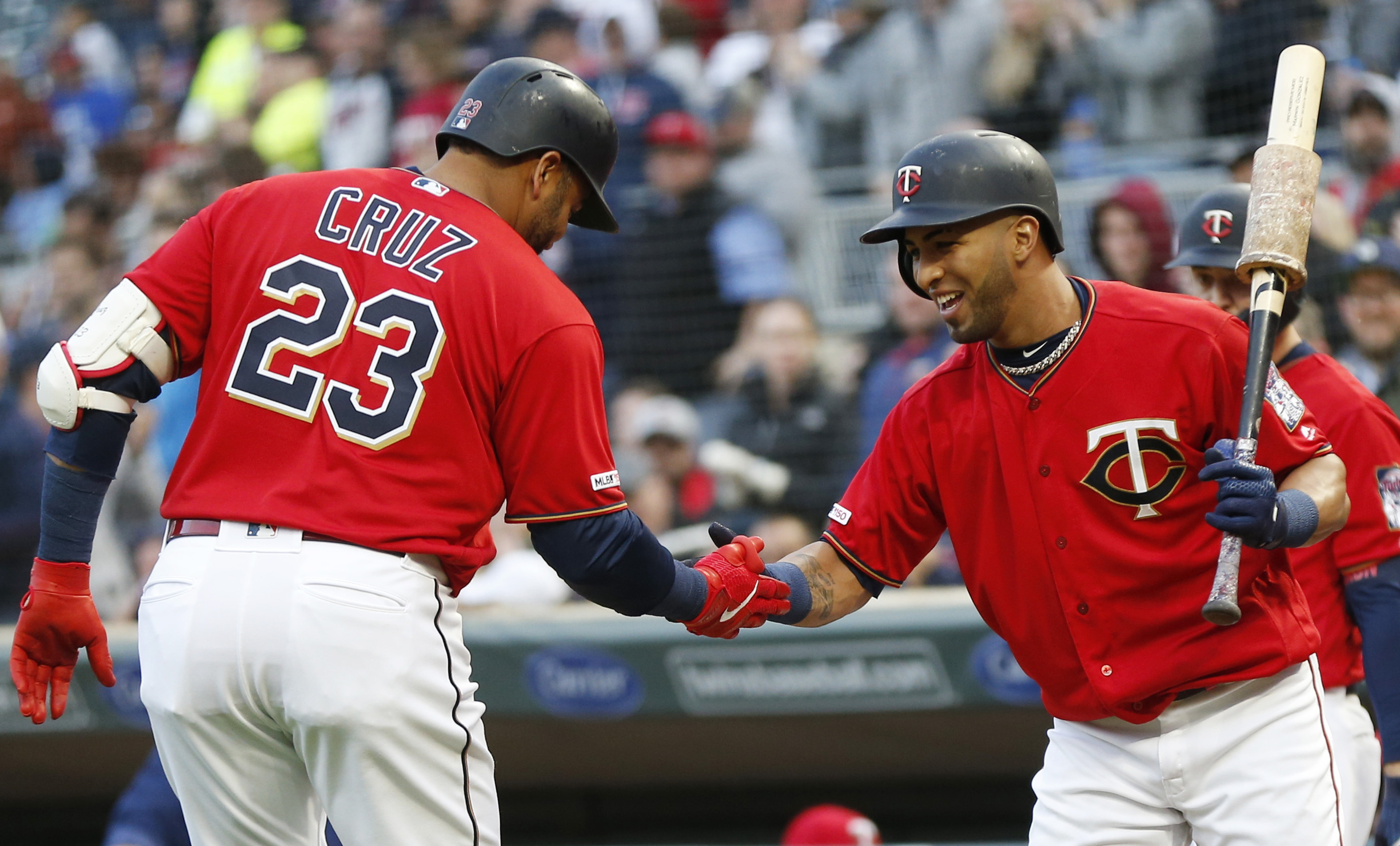 Cruz hit 2 of Twins' 5 homers in 6-1 win over Orioles