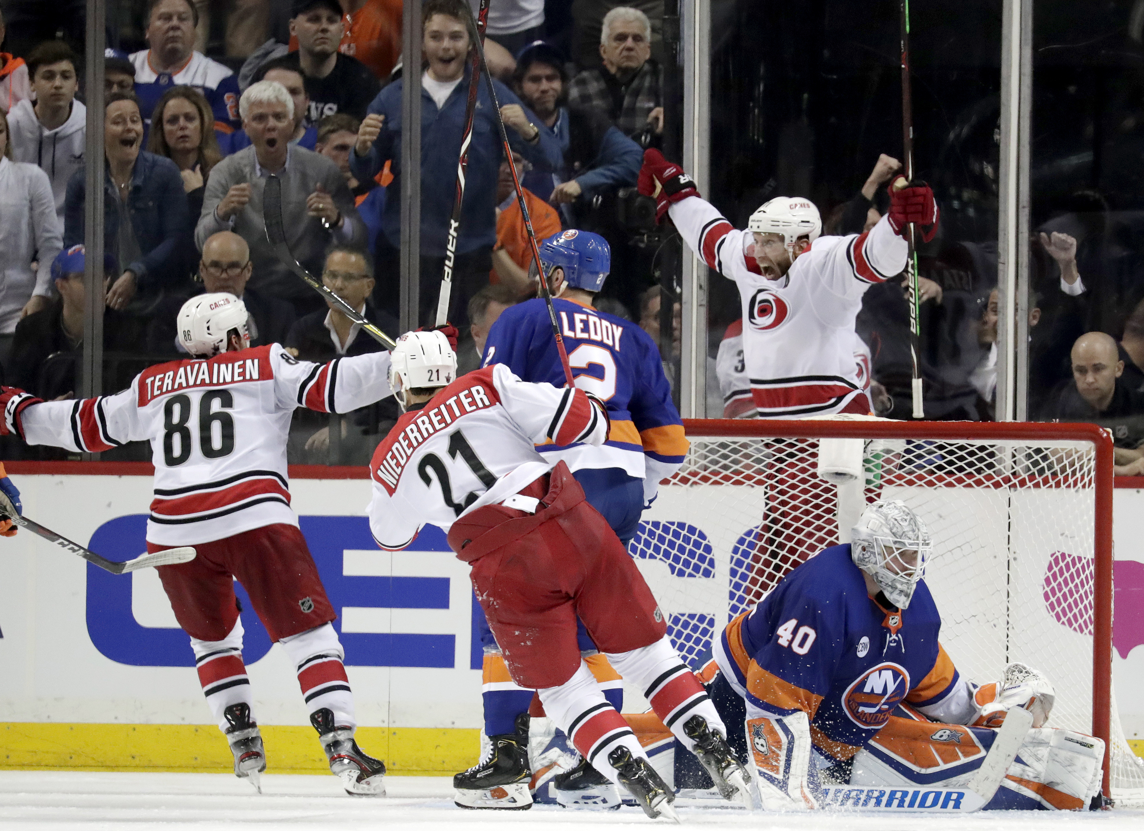 Staal scores in OT, Hurricanes top Islanders 1-0 in Game 1