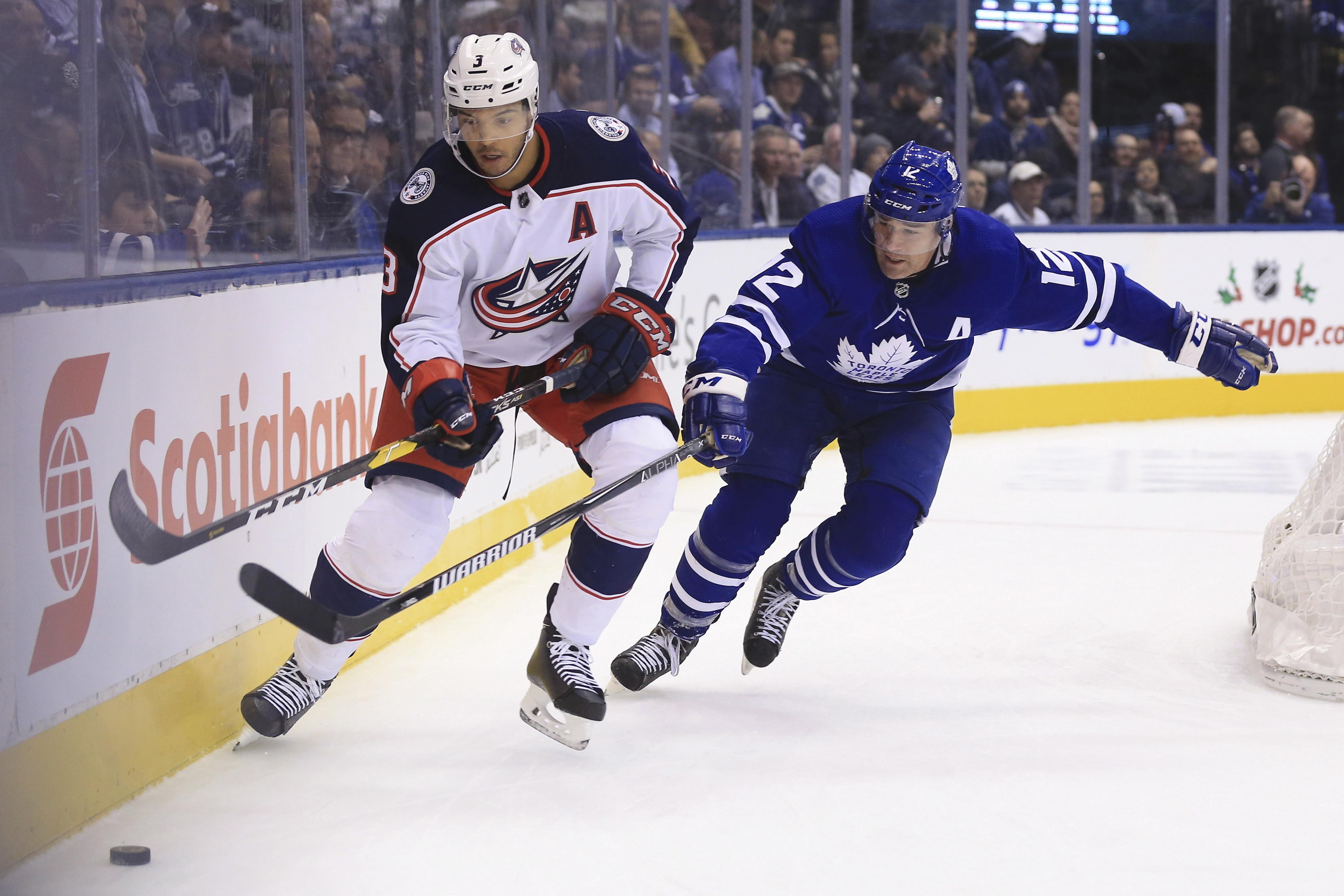 Hyman scores twice, Maple Leafs top Blue Jackets 4-2