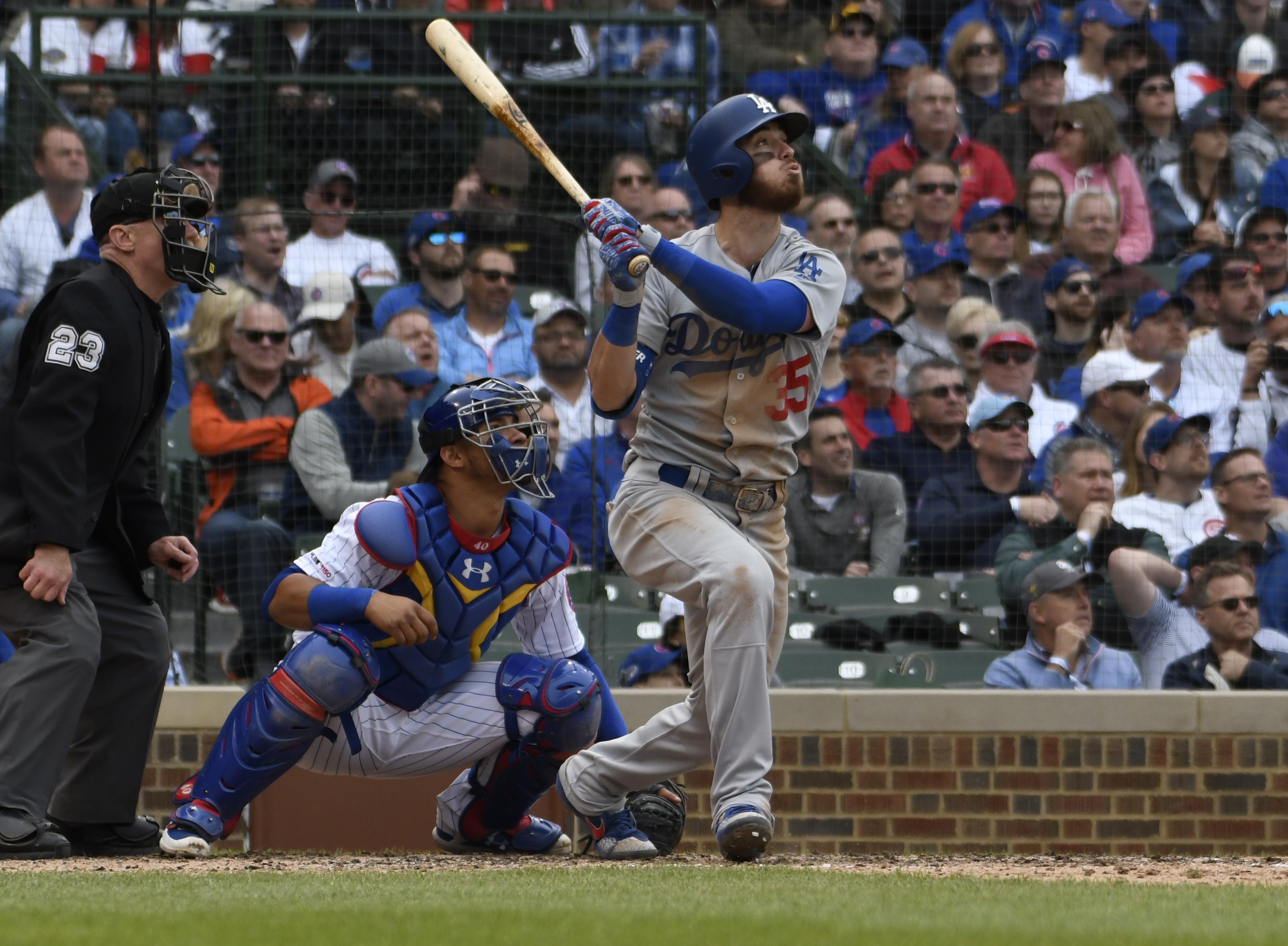 Lester solid in return, but Dodgers get past Cubs 2-1