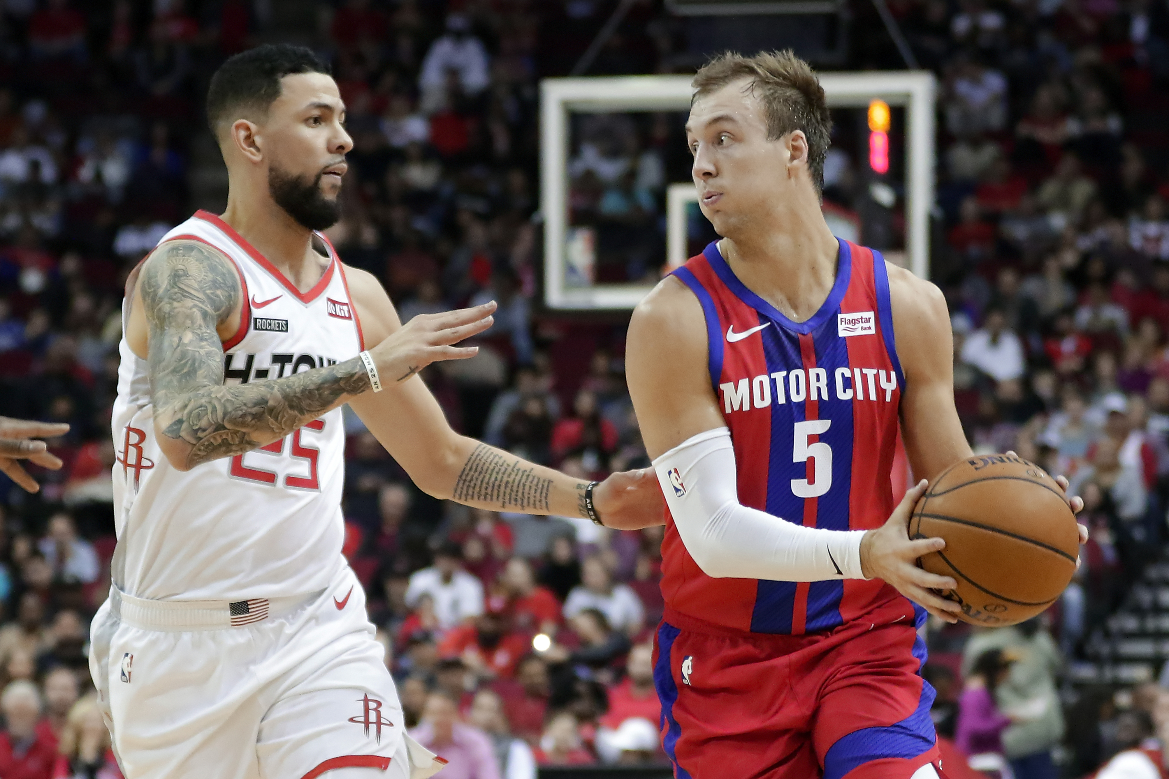 Kennard and Rose help Pistons over Rockets 115-107