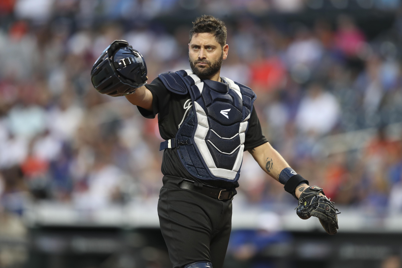 Atlanta Braves sign veteran catcher Francisco Cervelli
